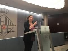 Ada Colau pide al PSOE que rectifique o estudiará romper con el PSC en Barcelona