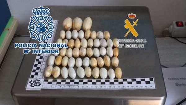 Policía Nacional Nota De Prensa Y Foto 'Detenida En El Aeropuerto De Málaga Cost