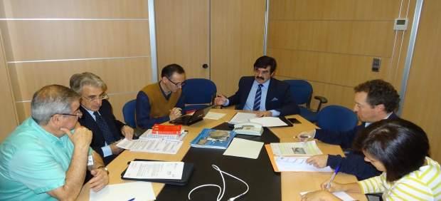 Reunión entre el presidente de la CHE y ecologistas de la cuenca del Ebro.