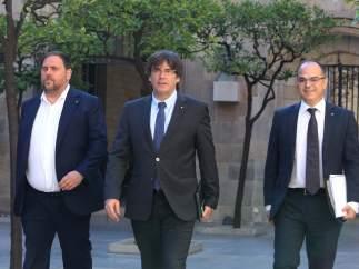 Junqueras, Puigdemont y Turull, antes de la reunión de Govern