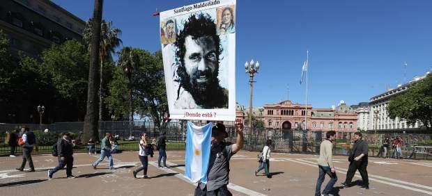 Centenares de personas protestan para pedir justicia pro el caso del desaparecido Santiago Maldonado