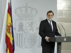 Rajoy anuncia el cese del Govern