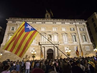Concentración frente al Palau de la Generalitat