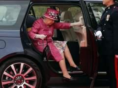 ¿Suele llevar dinero encima la reina de Inglaterra?