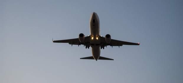 Un avión vuela de China a Estados Unidos con aceite de cocina reciclado