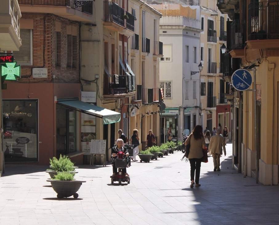 Barcelona har recogida de residuos puerta a puerta en el - Casco antiguo de barcelona ...
