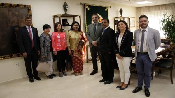 Recepeción a la delegación de mujeres empresarias de Malasia.