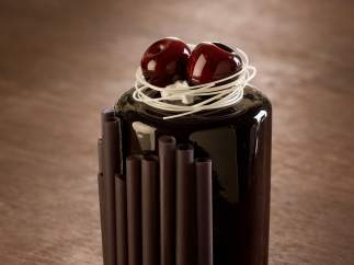 Cerezas con chocolate negro