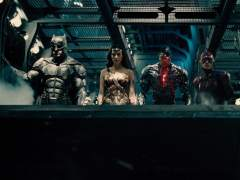 Crítica de 'Liga de la Justicia': Los héroes de DC buscan desesperadamente su sitio