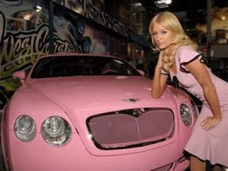 El coche de Paris Hilton