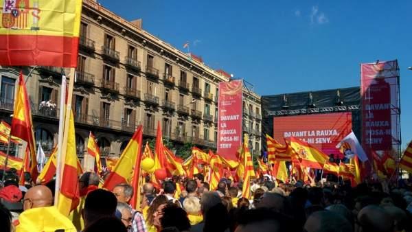Fotografía de archivo de una manifestación en Barcelona por la unidad de España