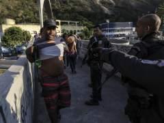 Una turista española de 67 años muere por disparos de la Policía en una favela de Río