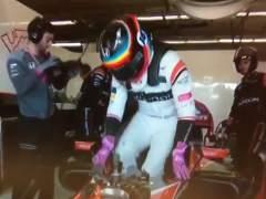 """Alonso: """"Noté que pasaban cosas extrañas en el coche"""""""