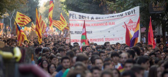 Estudiantes piden la independencia