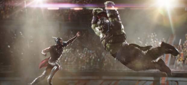 Crítica de 'Thor: Ragnarok': El dios del trueno da el salto a la comedia… y se le da muy bien