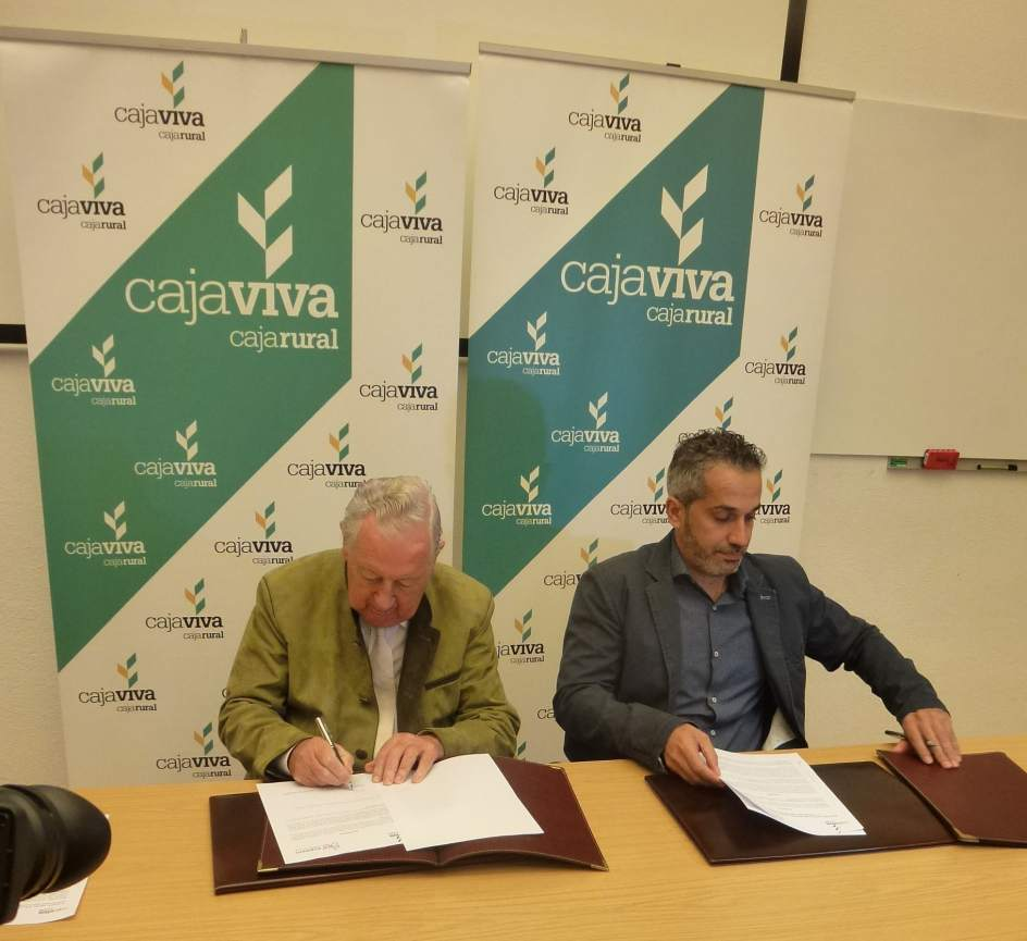 Cajaviva caja rural dona m s de euros a aspaym cyl for Caja laboral valladolid oficinas