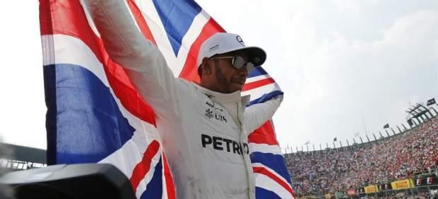 Cuarto título de F1 para Hamilton