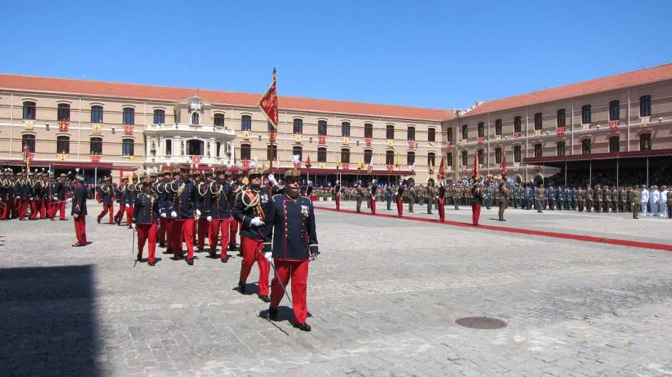 Una conferencia aborda el paso de m s de cadetes for General motors el paso tx