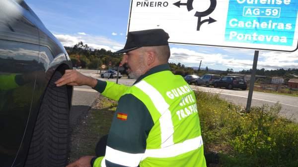 La Guardia Civil intensifica el control sobre neumáticos