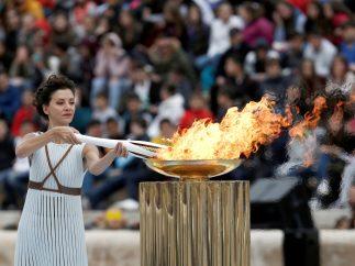 Entrega de la llama olímpica