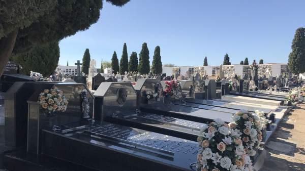 Fotos Ayto Huelva (Balance Actividad Cementerio)