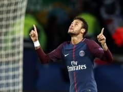 Emery aprueba la vida nocturna de Neymar