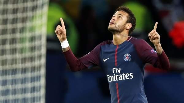 Gol de Neymar con el PSG