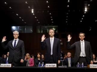 Directivos de Facebook, Twitter y Google
