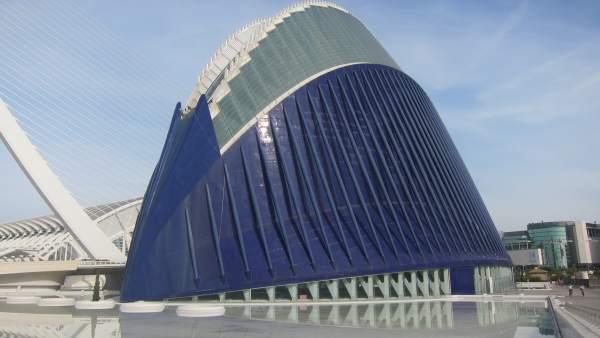Fundació La Caixa planteja formalment a CACSA la construcció del Caixaforum