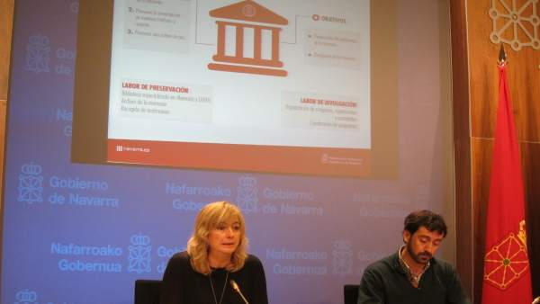 Ana Ollo y Álvaro Baraibar presentan el Instituto de la Memoria de Navarra