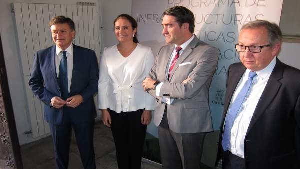 Segovia: Los Consejeros (C) Con Vázquez (I)