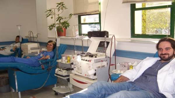 Profesionales Sanitarios Donando Sangre
