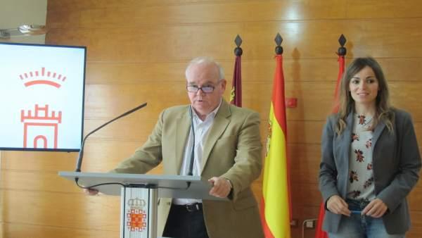 El Concejal De Hacienda Y Contratación, Eduardo Martínez-Oliva