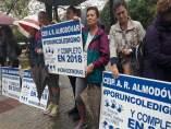 Padres del colegio 'Rodríguez Almodóvar' de Alcalá de Guadaíra
