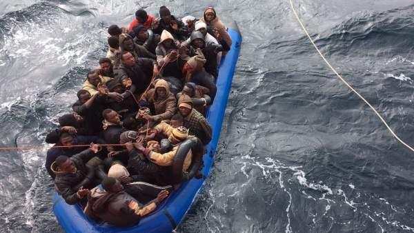 Patera, inmigrantes