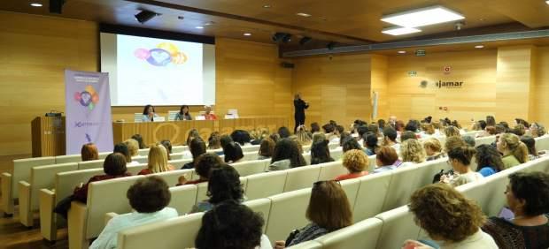Diputación ha organizado una jornada contra la explotación sexual de la mujer.
