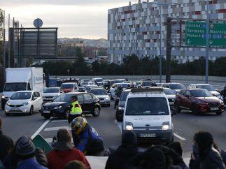 Carretera cortada por la huelga