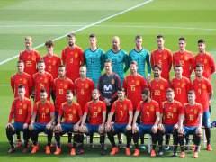 La selección posa con su nueva camiseta para el Mundial