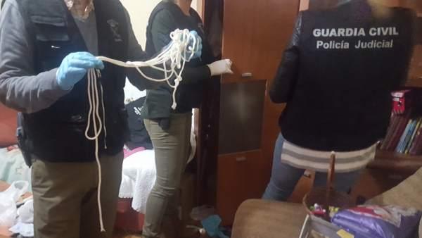 Material intervenido en casa del presunto violador de Marín