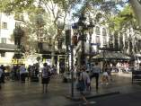 Imagen de La Rambla de Barcelona un día después del atentado yihadista del 17 de agosto de 2017.