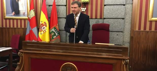 Javier Lacalle en el pleno del Ayuntamiento de Burgos