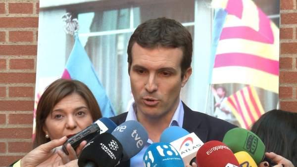 """Casado insta els constitucionalistes a una majoria suficient per a un """"govern històric"""" enfront del secessionisme"""