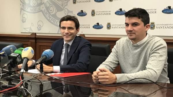Pedro Casares y Daniel Fernández en rueda de prensa