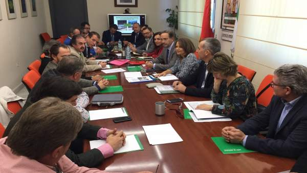 Reunión de López con constructores, promotores y empresarios jiennenses.