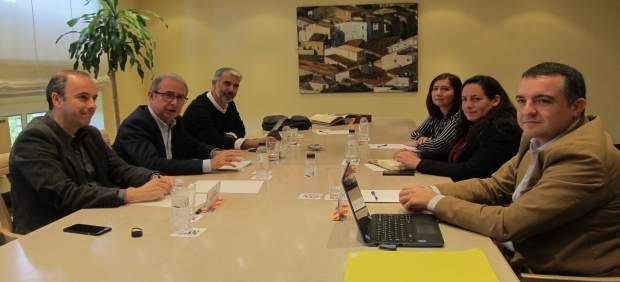 Reunión entre Gobierno de Aragón y Podemos para negociar el Presupuesto de 2018
