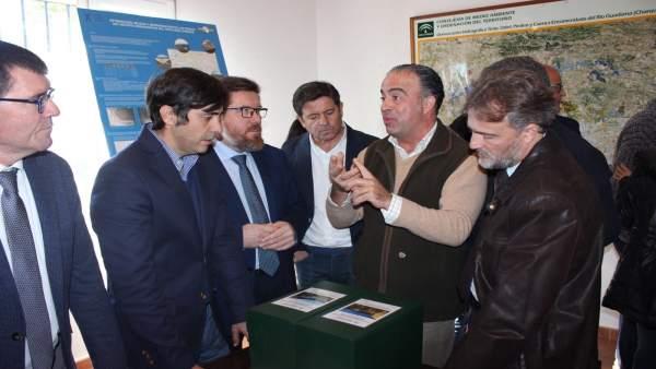 Visita de los consejeros de Medio Ambiente y Agricultura  a la provincia.