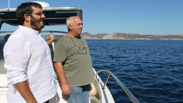 El conseller de Medio Ambiente, Vicenç Vidal, y el DG de Pesca, Joan Mercant