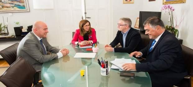 Reunión entre la alcaldesa de Cartagena y representantes de FCC
