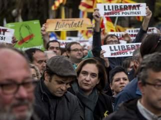 Ada Colau, presente en la protesta de Barcelona