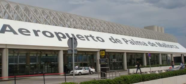 Exterior Del Aeropuerto De Palma
